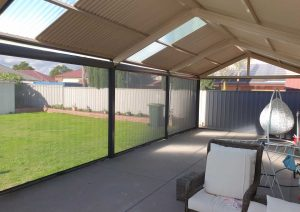 Quality Outdoor Blinds - Four for free